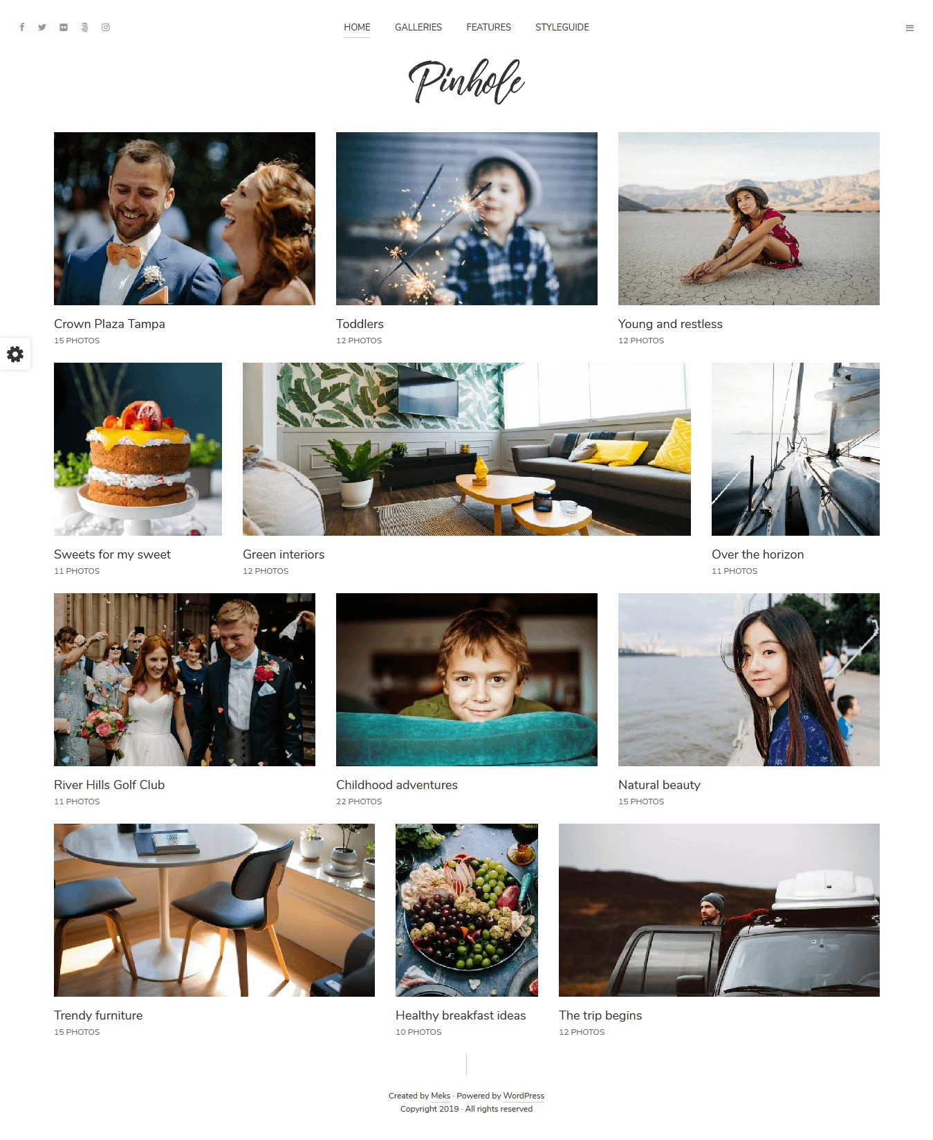 Pinhole - Best Premium Gallery WordPress Theme